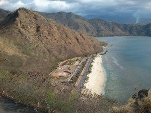 Pantai Pasir Putih Aeria Branca