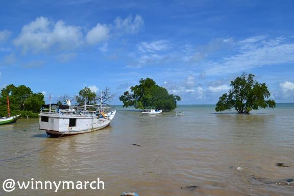 Pantai Oesala Kupang