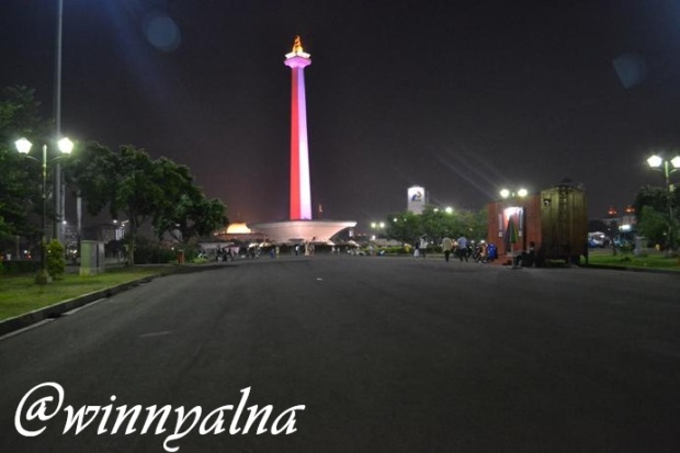 Nuansa Monas Jakarta Di Malam Hari Winny Alna Marlina