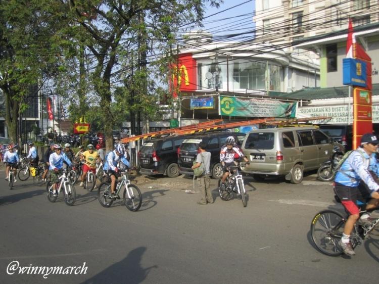 Suasana Car Free Bandung