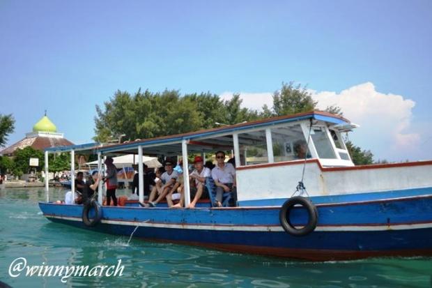 Ojek Kapal di Pulau Seribu