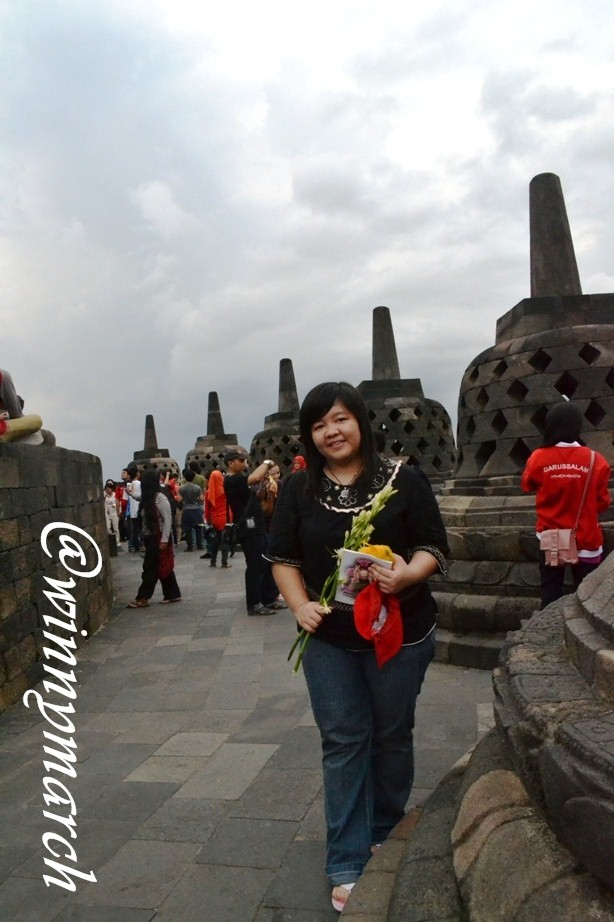 Yessi di Candi Borobudur Magelang