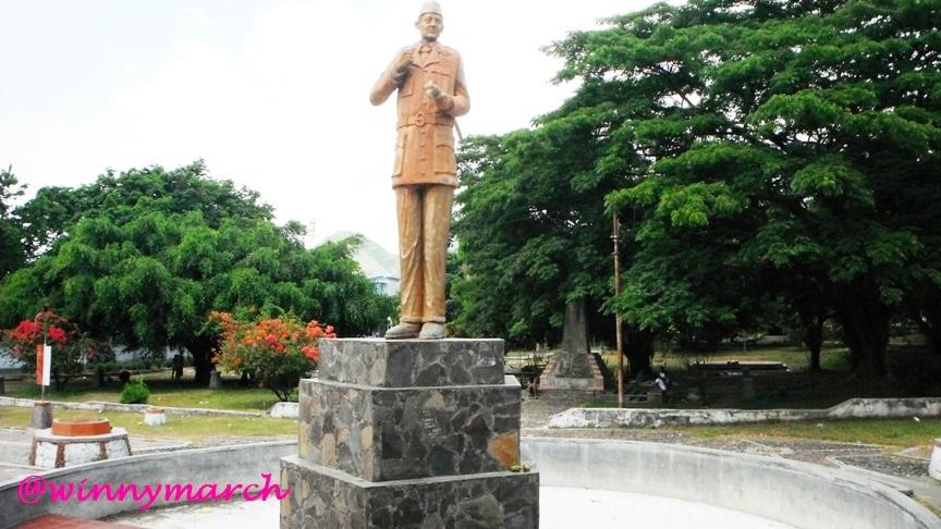 Patung Soekarno di Ende