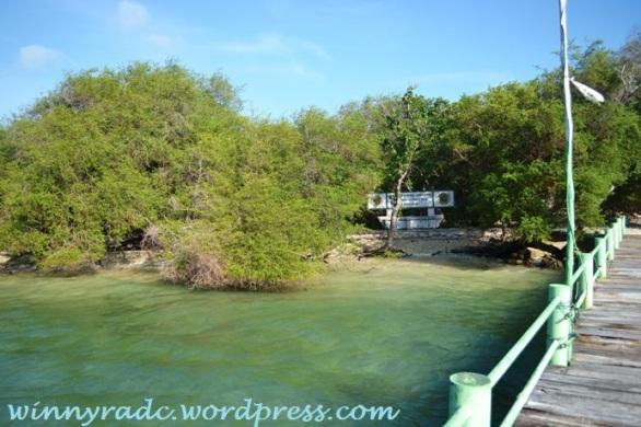 Pulau Handeleum