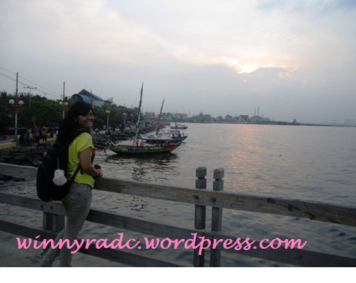 Sunset di Pantai Ancol