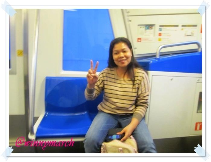 Filipina woman