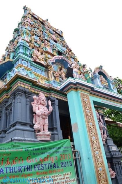 Kuil di China Town Singapura