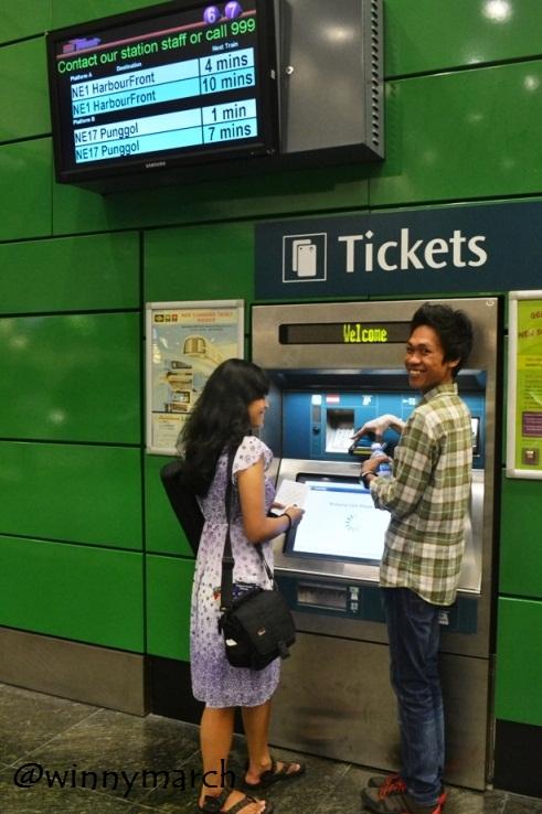 Mesin Tiket MRT Singapura