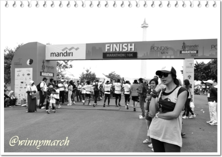 Garis finish Jakarta Marathon