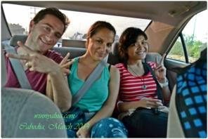 Aku dan traveller dari Amerika di taxi ke Siam Reap