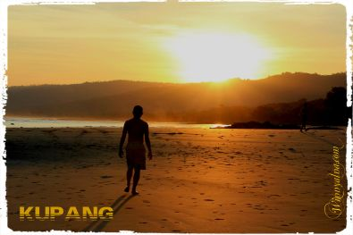 sunset pantai Kupang