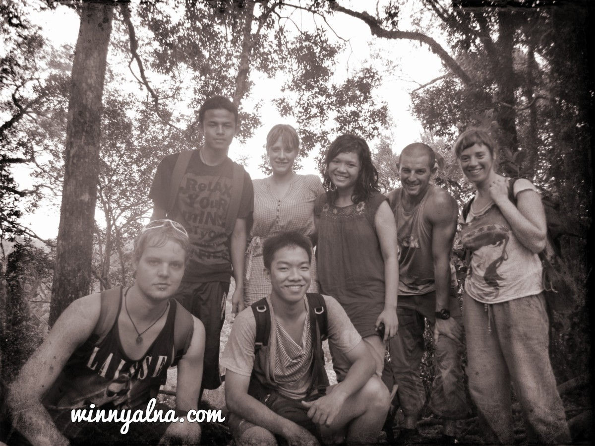 Tim Trekking Bukit Lawang