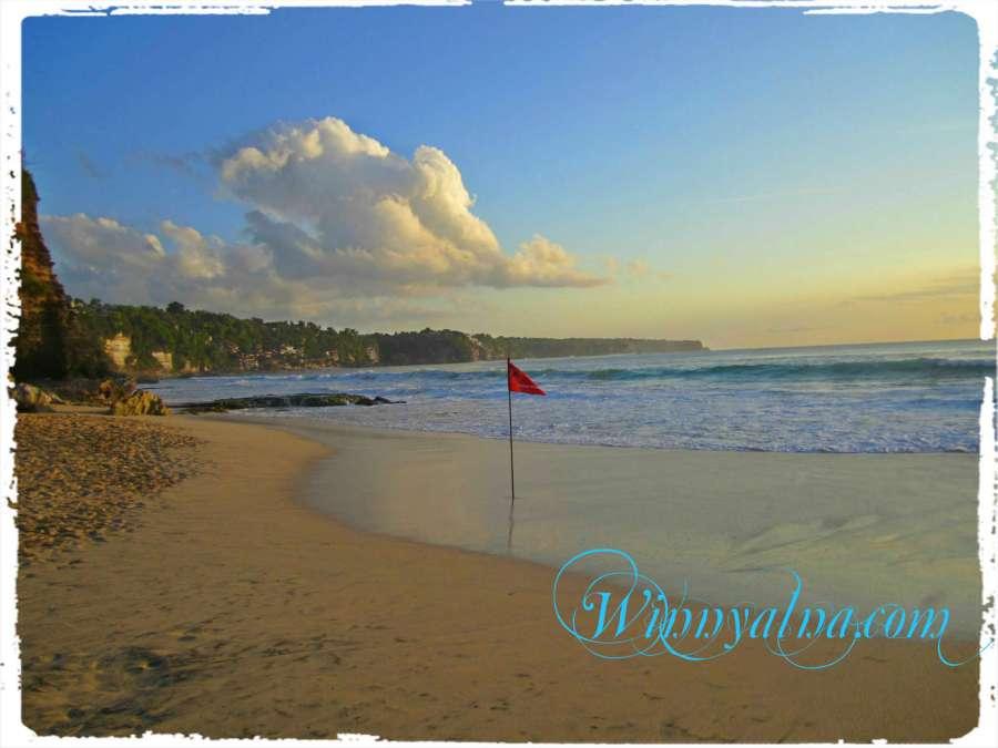 Pantai Kuta Baru