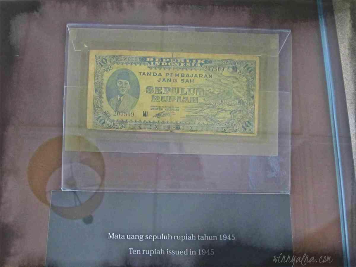 Mata uang Rp10