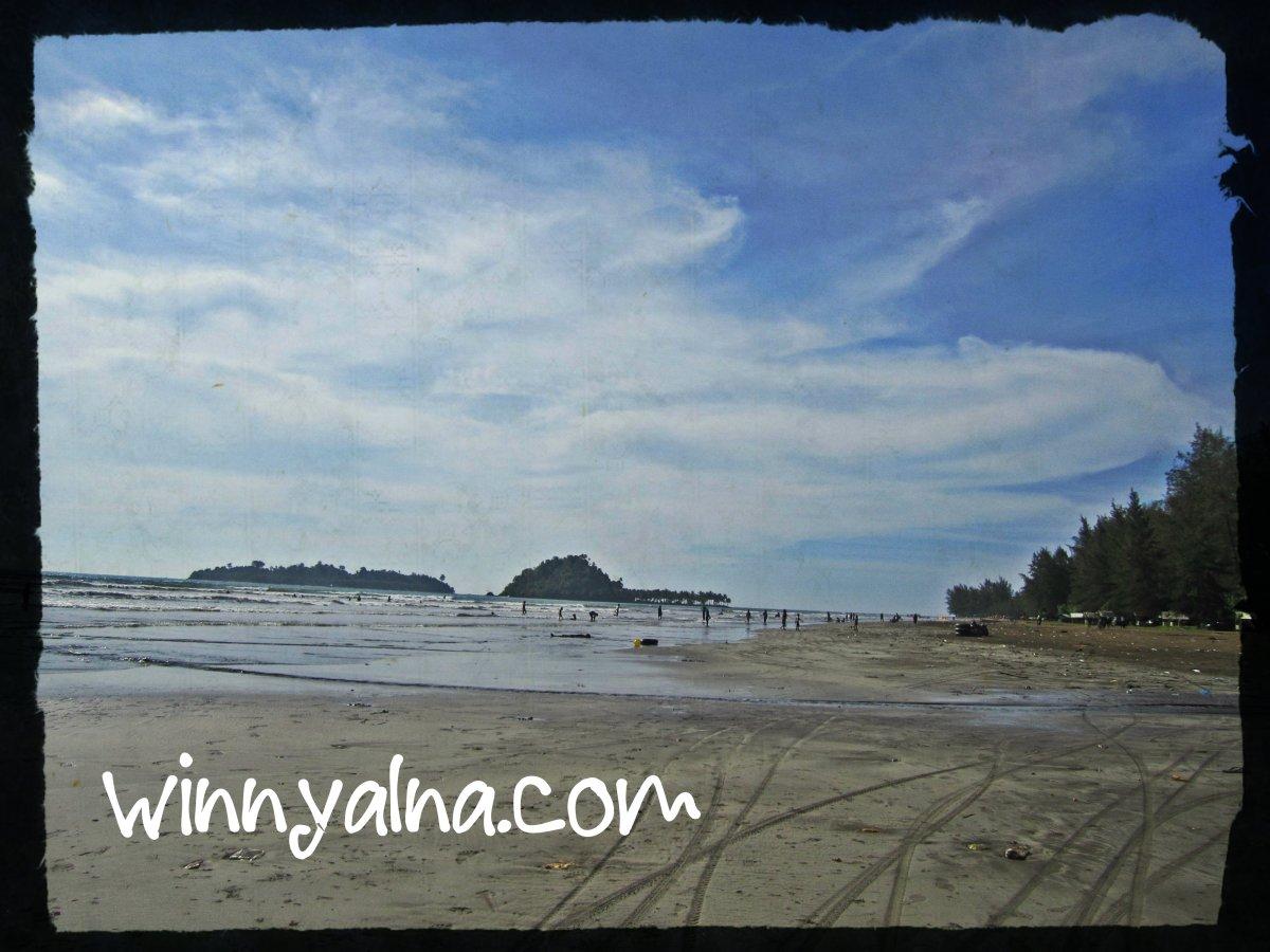 pantai air manis sumetera barat
