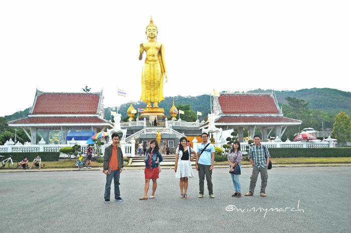 standing buddha hatyai
