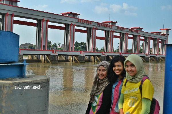 Bendungan Sungai Cisadane