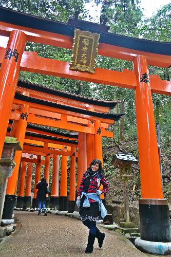 Aku dengan seribu Tori di Fushimi Inari Shrine