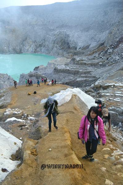 crater ijen