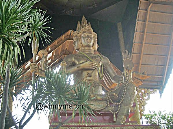 Patung Buddha 4 Wajah