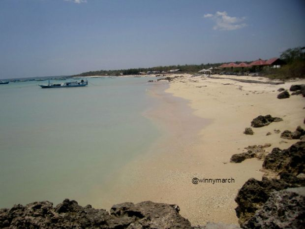 pantai tablolong kupang