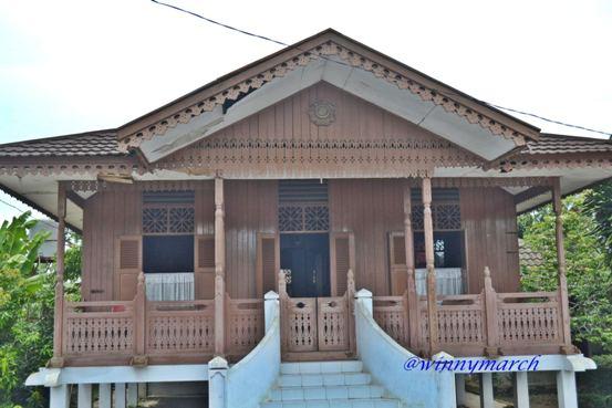 rumah fatmawati di Bengkulu