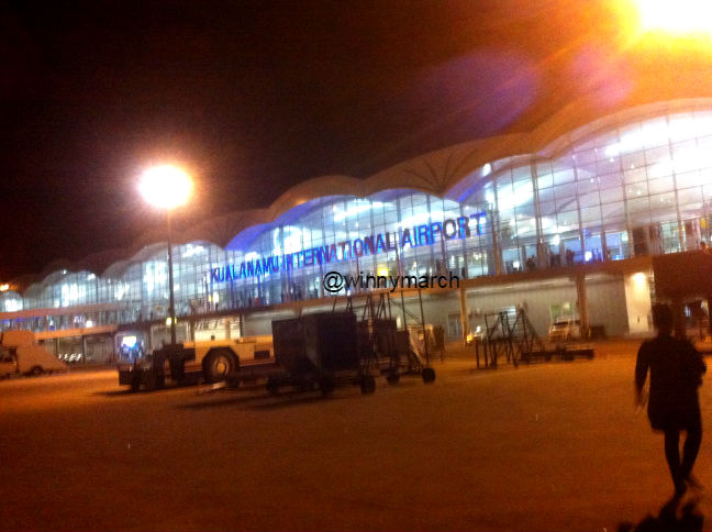 bandara kuala namu
