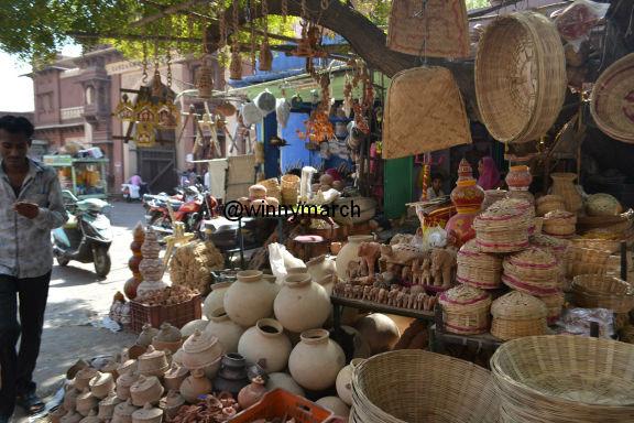 Belanja murah di Sardar Market
