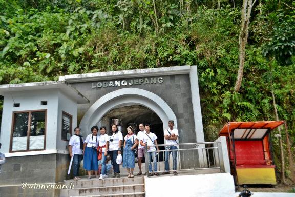 Kami di Lubang Jepang Bukittinggi