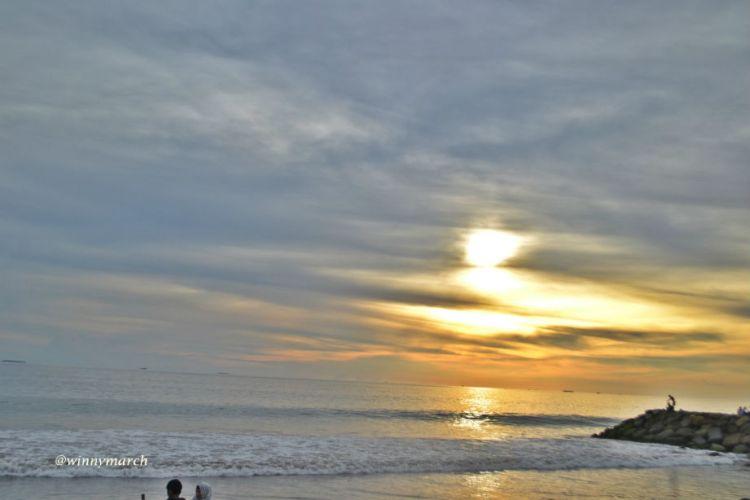 Sunset di Pantai Padang
