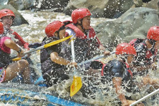 Rafting di Sungai Progo, Magelang