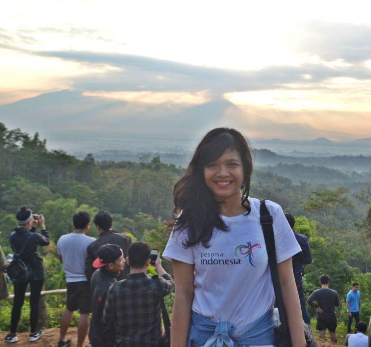 Sunrise Borobudur dari Punthuk Setumbu