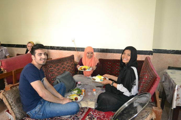 backpacking-to-iran
