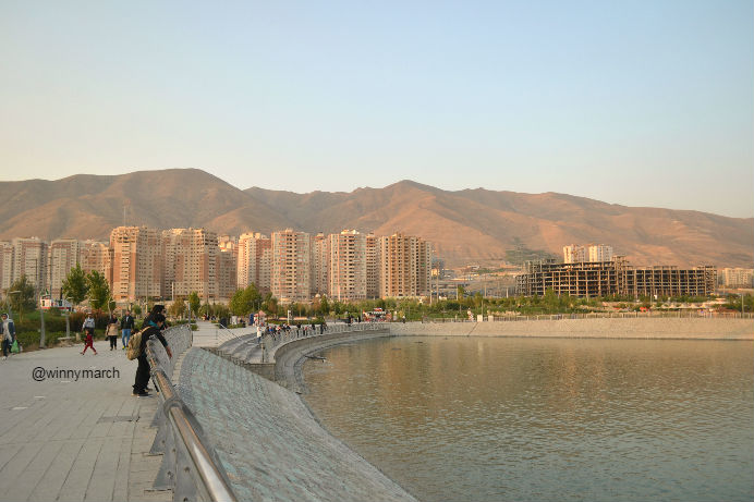 chitgar-lake