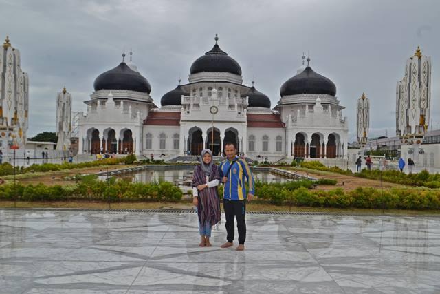 Liburan Ke Masjid Baiturrahman Banda Aceh Winny Marlina
