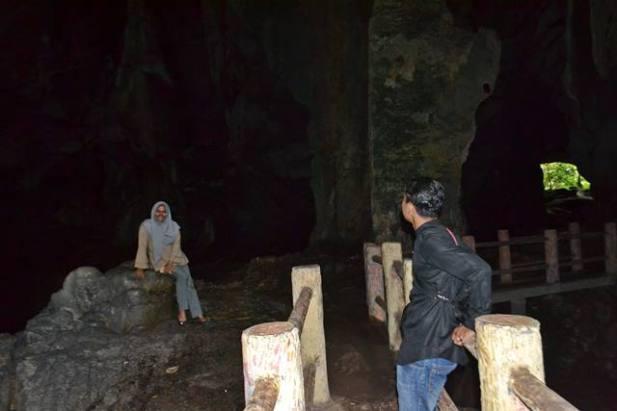 Ngalau Indah Cave