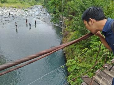Arum di Sungai Batu Busuk
